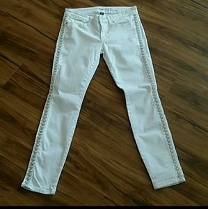 GAP embroidered white skinny jeans 28/6